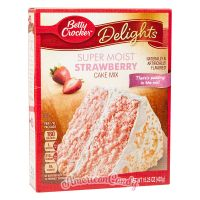 Betty Crocker Super Moist Strawberry Cake Mix 432g
