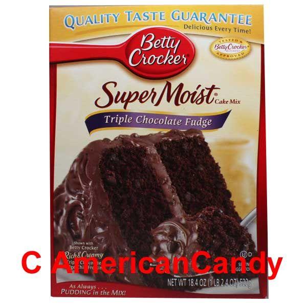 Betty Crocker Super Moist Triple Chocolate Fudge Cake Mix 522g